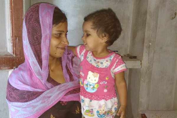 """Family Planning Services on a """"Fixed Day"""" Brings Certainty to Firozabad's Urban Poor"""